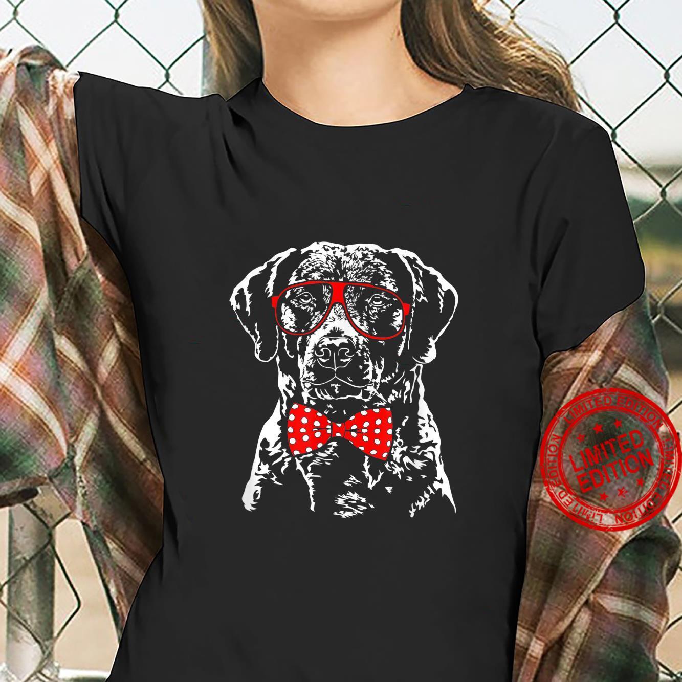 Funny Cute Chesapeake Bay Retriever mom dog Shirt ladies tee