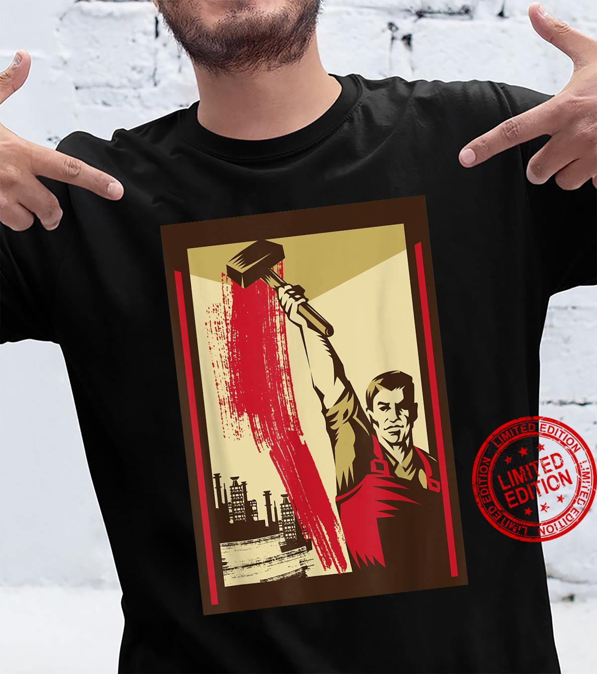 Worker with Hammer SOVI8 Vintage Propaganda. Shirt
